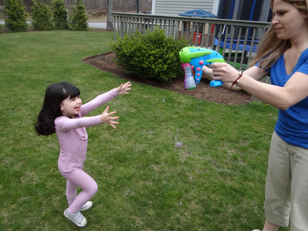 DSC02944 1024x768 Crayola Outdoor Bubble Launcher Prize Pack Review Giveaway!
