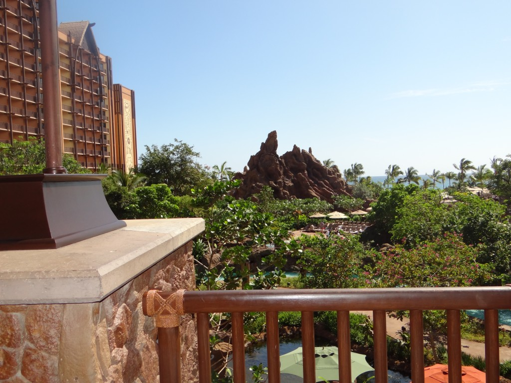DSC03202 1024x768 #WordlessWednesday  Aulani Disney Resort!