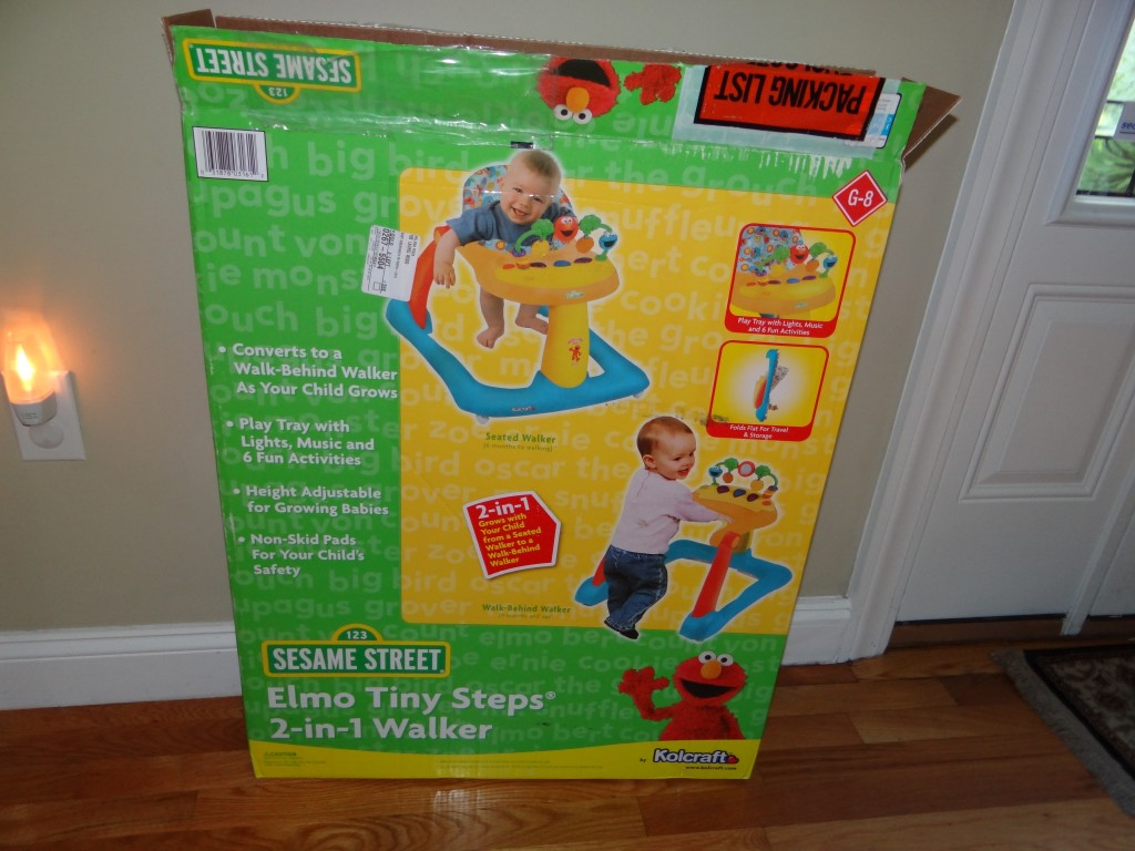 DSC04661 1024x768 Kolcraft Sesame Street Elmo Tiny Steps 2 in 1 Activity  Walker Review Giveaway