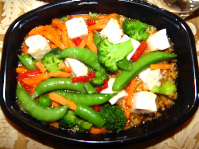 DSC05571 Finally Sitting Down to an Awesome Lean Cuisine Asian Flavor Meal #FrozenFavorites #Cbias