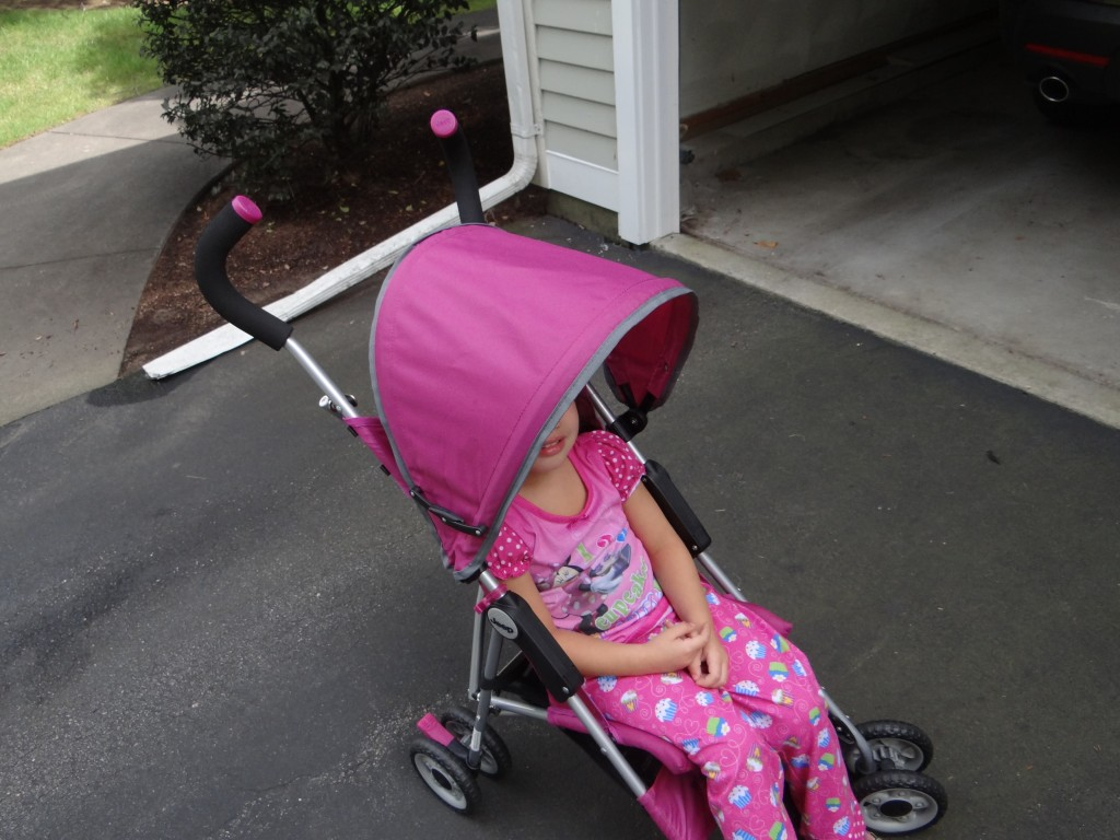 DSC05764 1024x768 Jeep Wrangler All Weather Reclining Umbrella Stroller Review/Giveaway!