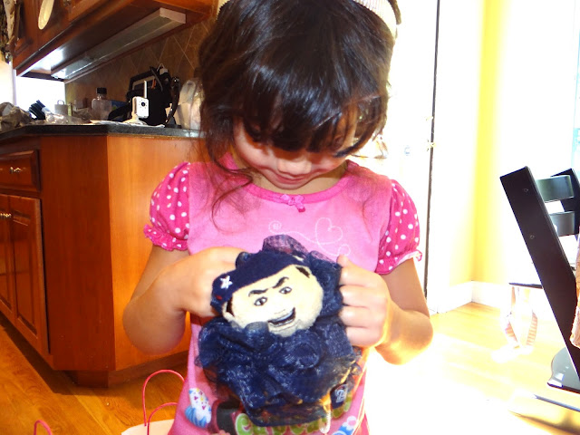 DSC06503 Hayley is putting together her party favors with some Infinity Loofah #MascotWear! #cbias