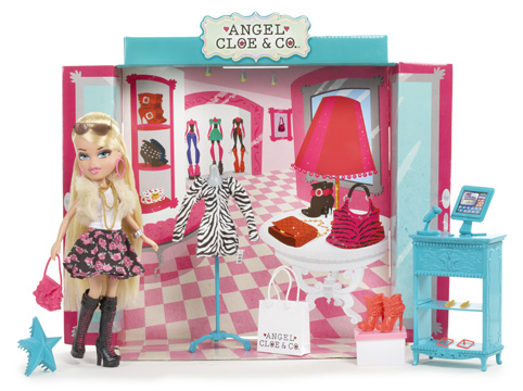 515616 1 1 Bratz Boutique Angel Cloe and Co. Doll Set Review Giveaway!