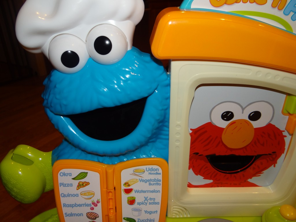 DSC06849 1024x768 Sesame Street Come N Play Cookie Monster Kitchen Cafe Review Giveaway!