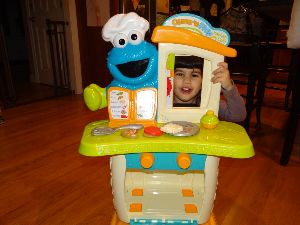 DSC06851 1024x768 Sesame Street Come N Play Cookie Monster Kitchen Cafe Review Giveaway!