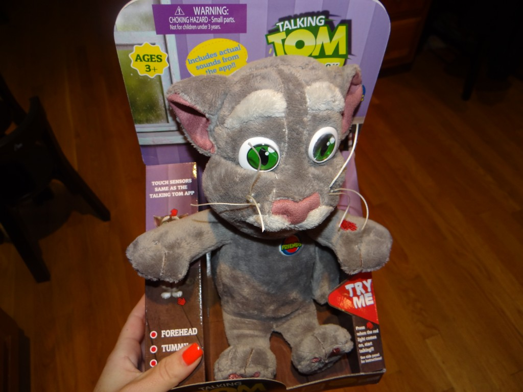 DSC07681 1024x768 Talking Ben/ Talking Tom Holiday Gifts #HGG!