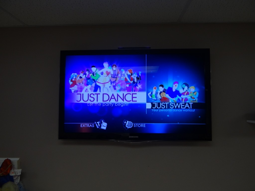 DSC07969 1024x768 Just Dance 4 Video Game for Wii Review! #UbiChamps #CleverJD4 #spon
