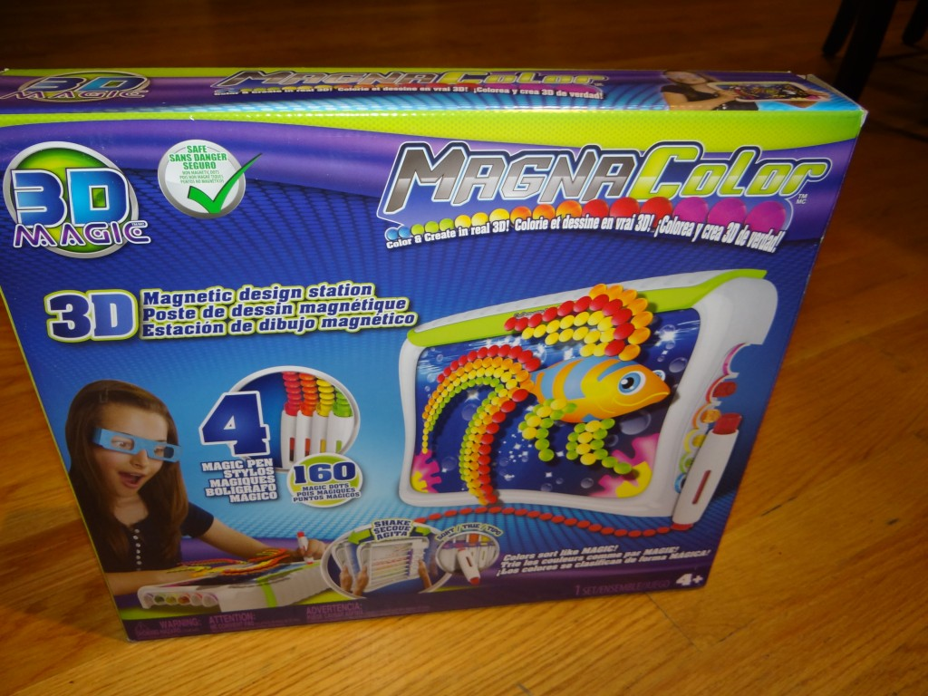 DSC08038 1024x768 Tech 4 Kids: Magna Color 3D Art Board Review