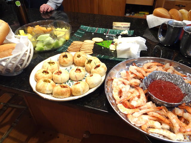 DSC08497 Our Family Holiday Party with Tyson Holiday Bread Bowls! #MealsTogether #Cbias