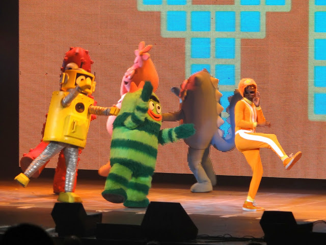 DSC090911 Yo Gabba Gabba! Live! Get the Sillies Out Tour Review!