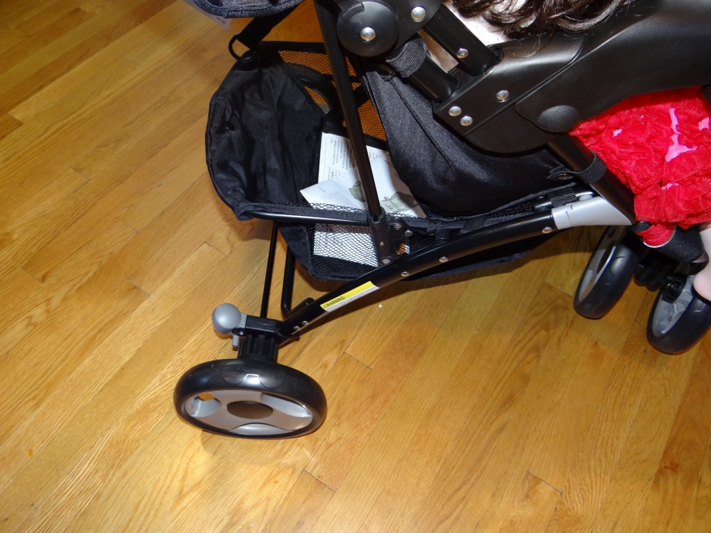 DSC09112 1024x768 Eddie Bauer Trail Hiker, 3 Wheel Travel System (car seat/stroller) Review Giveway!