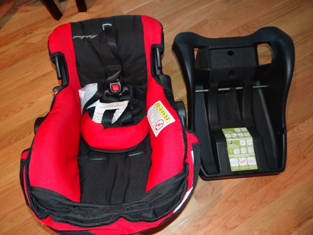 DSC09115 1024x768 Eddie Bauer Trail Hiker, 3 Wheel Travel System (car seat/stroller) Review Giveway!
