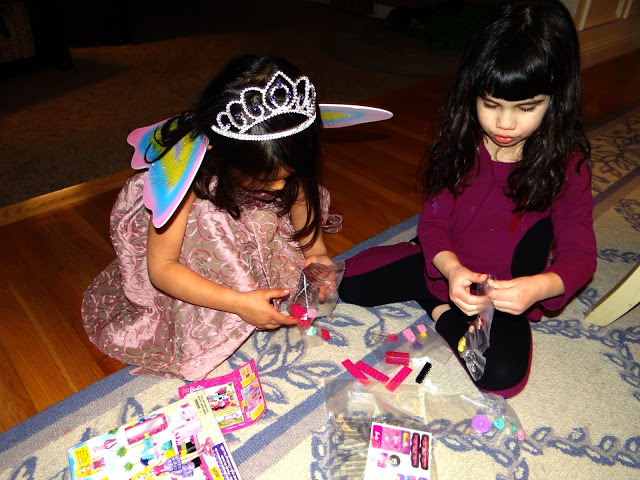 DSC09322 We Had a Mega Bloks Barbie Party! @MegaBloks #Barbie