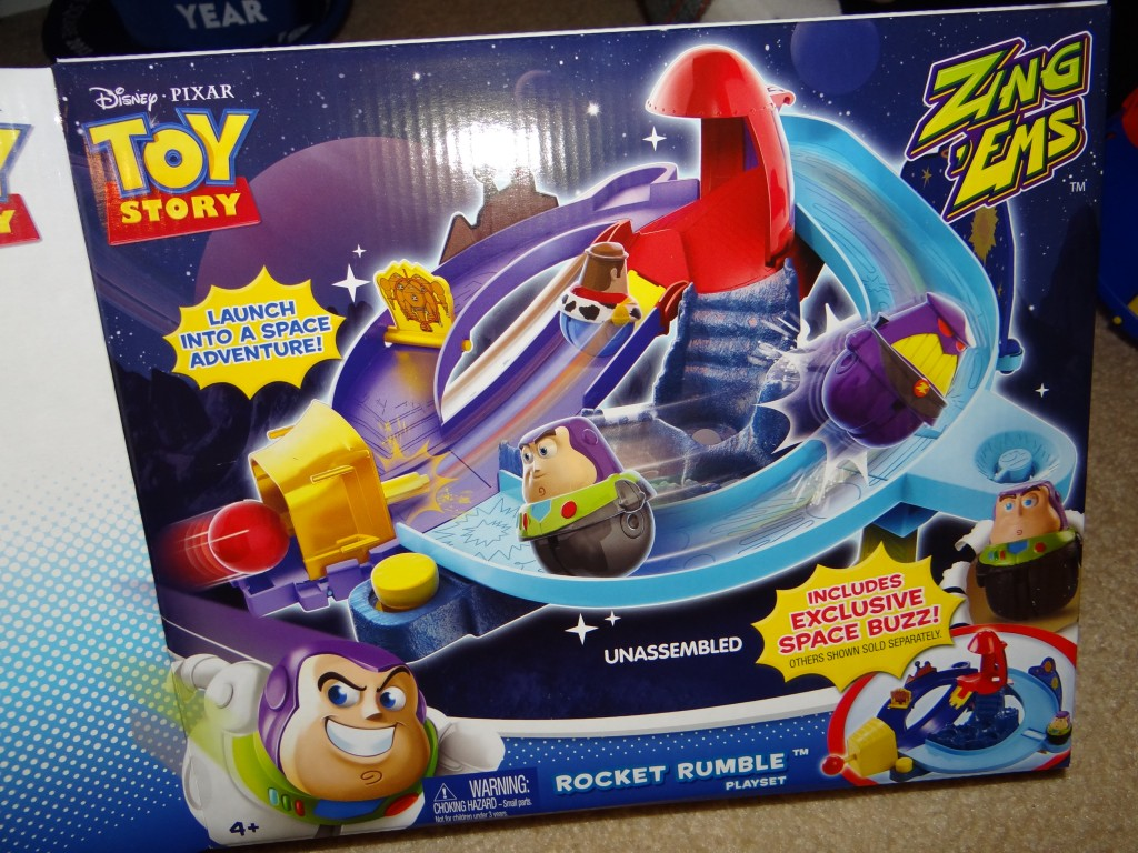 DSC09370 1024x768 Disney Pixar Toy Story Ama zing Action Zing Ems Playset Review Giveaway!