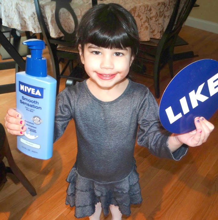 DSC095251 Nivea #ShareTheSensation Challenge Review  (NIVEA, Samsung Camera, Fandango GC) Giveaway!!