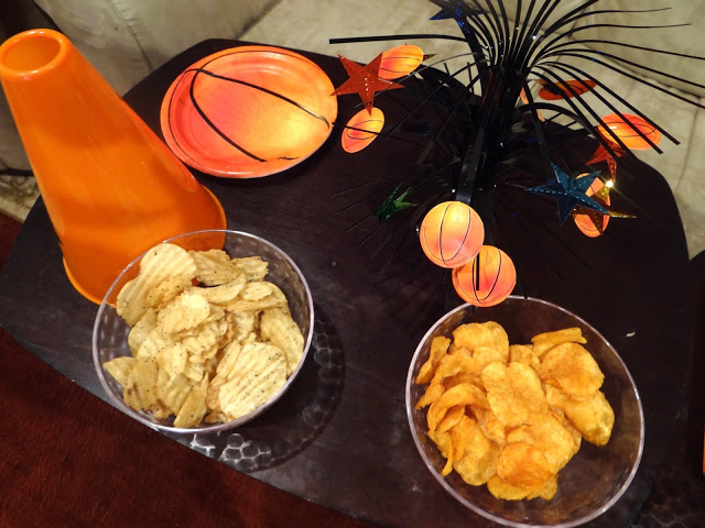 DSC09976 Watching the Basketball Tournaments with Kettle Brand Potato Chips! #KettleMadness #cbias