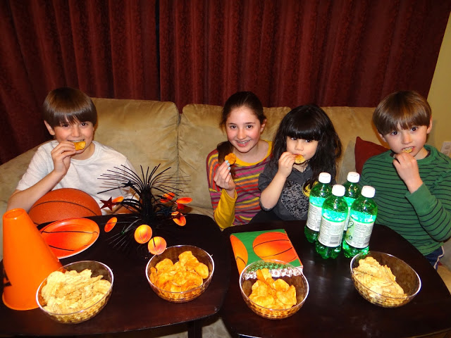 DSC09989 Watching the Basketball Tournaments with Kettle Brand Potato Chips! #KettleMadness #cbias