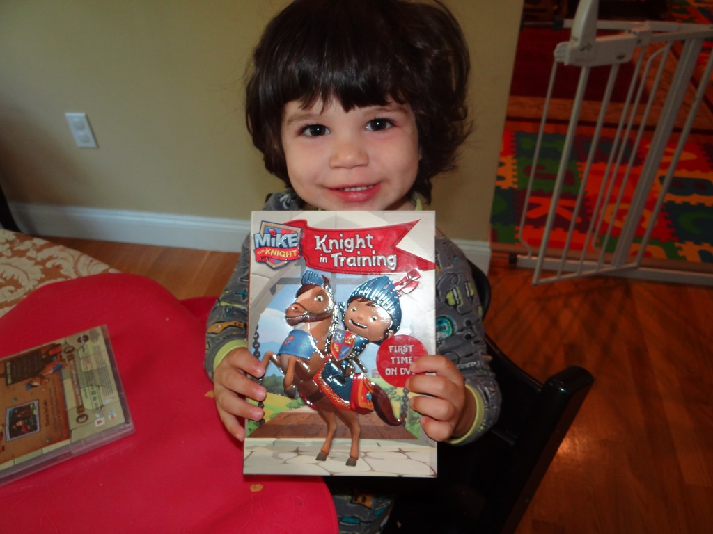 DSC01754 1024x768 Mike the Knight Royal Package Review Giveaway! (NCircle/Fisher Price)