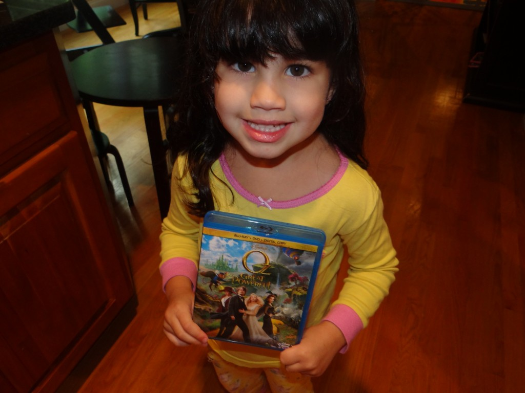 DSC01833 1024x768 Hayley LOVED Disneys Oz  The Great and Powerful!