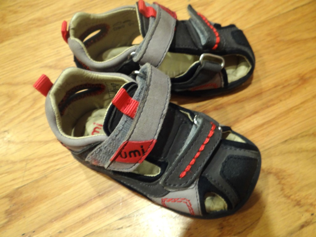 DSC01873 1024x768 Umi Kid Shoes Review and $60 Gift Card Giveaway!