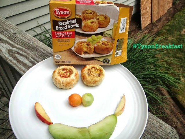 DSC02064 Enjoying a Great Family Breakfast with Tyson Breakfast Bread Bowls #TysonBreakfast #cbias