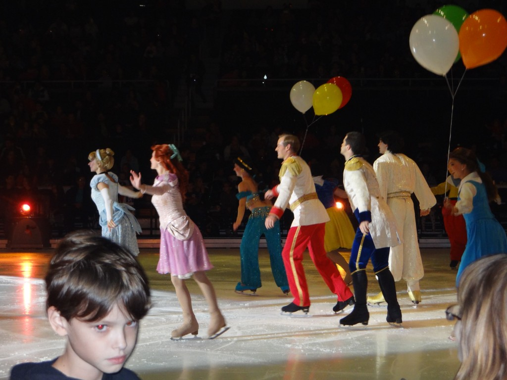 DSC04001 1024x768 We saw Disney on Ice: Lets Celebrate Tonight and LOVED it!!