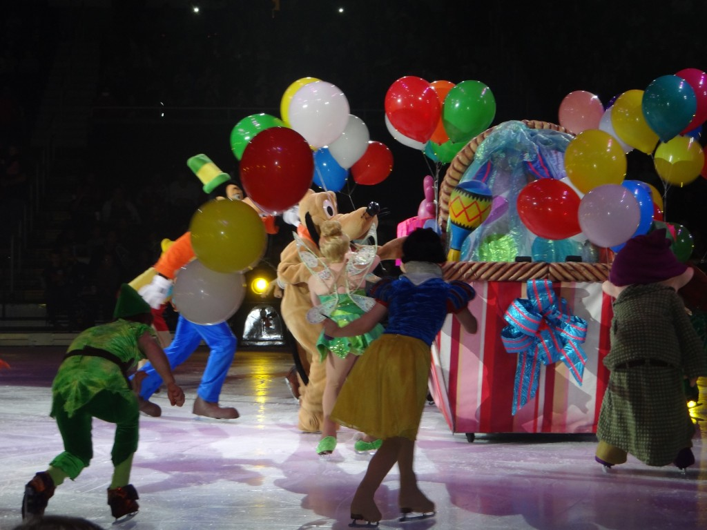 DSC04003 1024x768 We saw Disney on Ice: Lets Celebrate Tonight and LOVED it!!