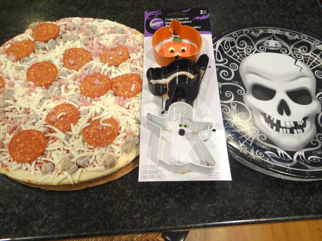 DSC04649 1024x768 Spooky Halloween Recipes: Dirt Pie and Tombstone Pizza! #TrickUrTreat #cbias