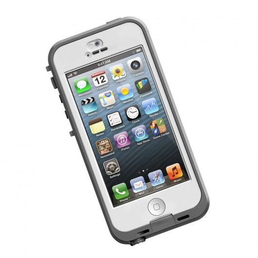 hero ip5 nuud front white LifeProof nüüd case for iPhone 5/Samsung Galaxy S3/ S4 Review/Giveaway