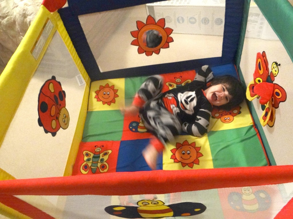 DSC05039 1024x768 Graco Pack n Play TotBloc Playard Review Giveaway! #MHCgiftguide