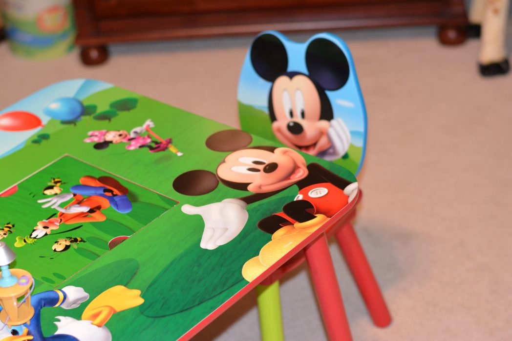 delta children mickey mouse table and chair set mhcgiftguide