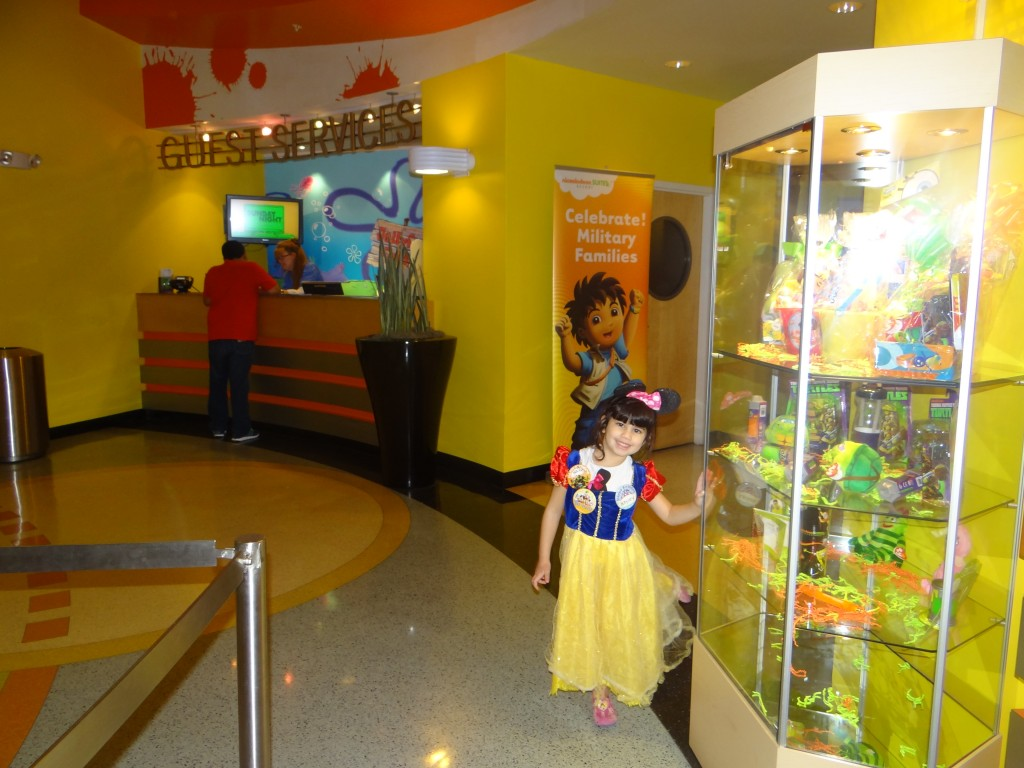 DSC05399 1024x768 Nickelodeon Suites Hotel in Orlando, Florida!