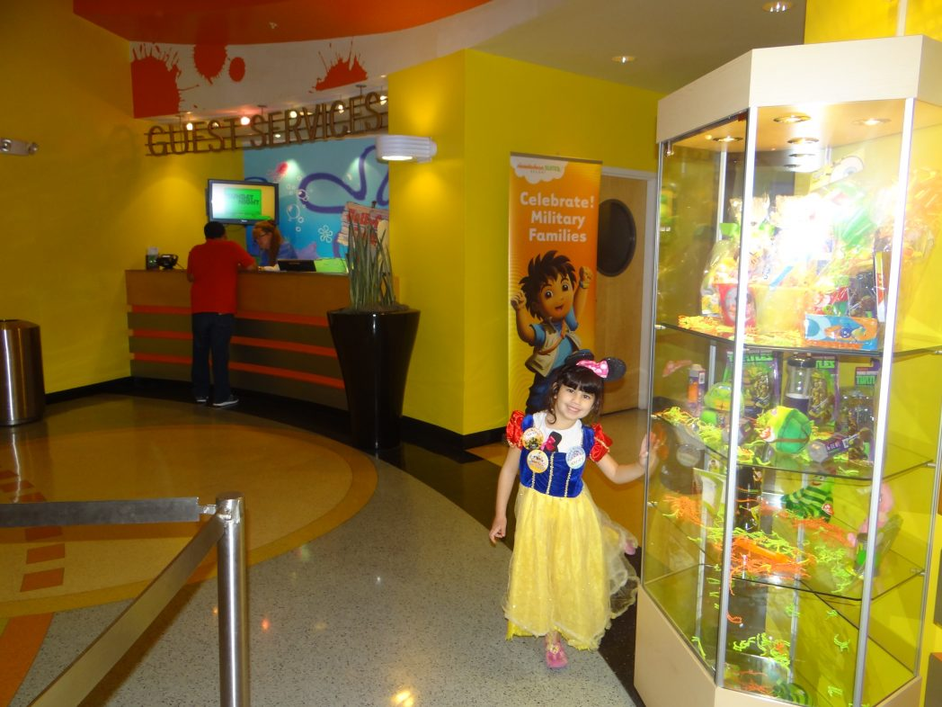 Nickelodeon Hotel. Nickelodeon Suites Hotel in Orlando  Florida    The Mommyhood