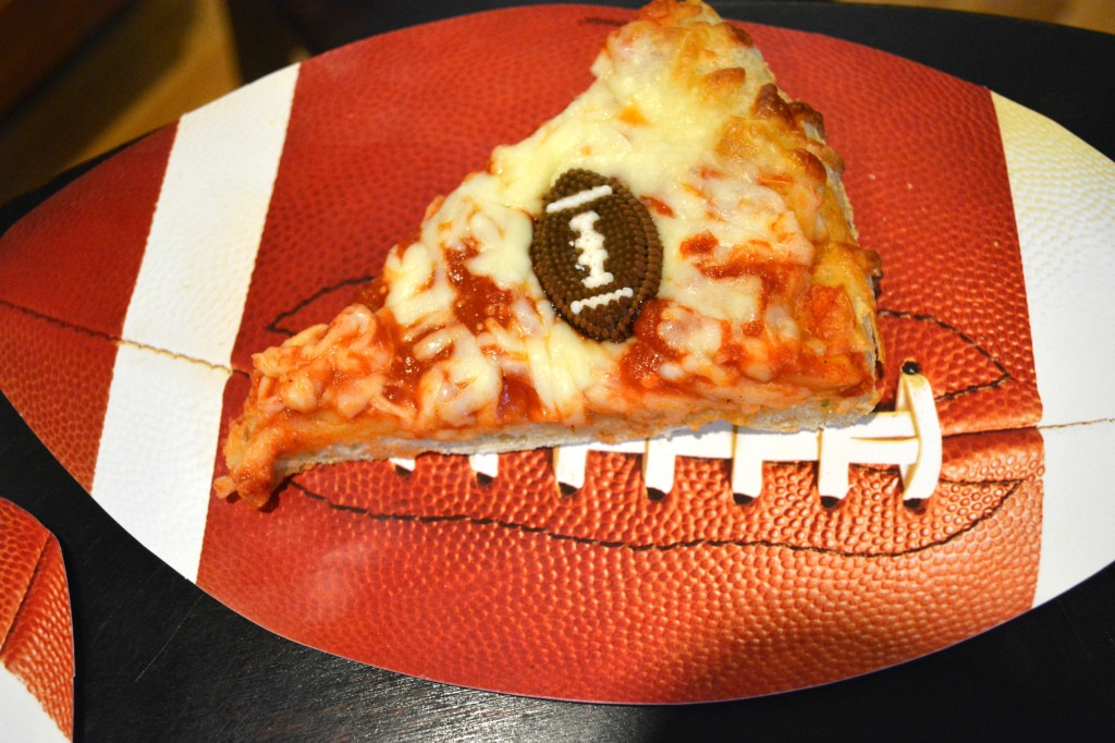 DSC 0802 1024x682 Football Game Time with DiGiorno Pizza! #GameTimeGoodies #shop #cbias