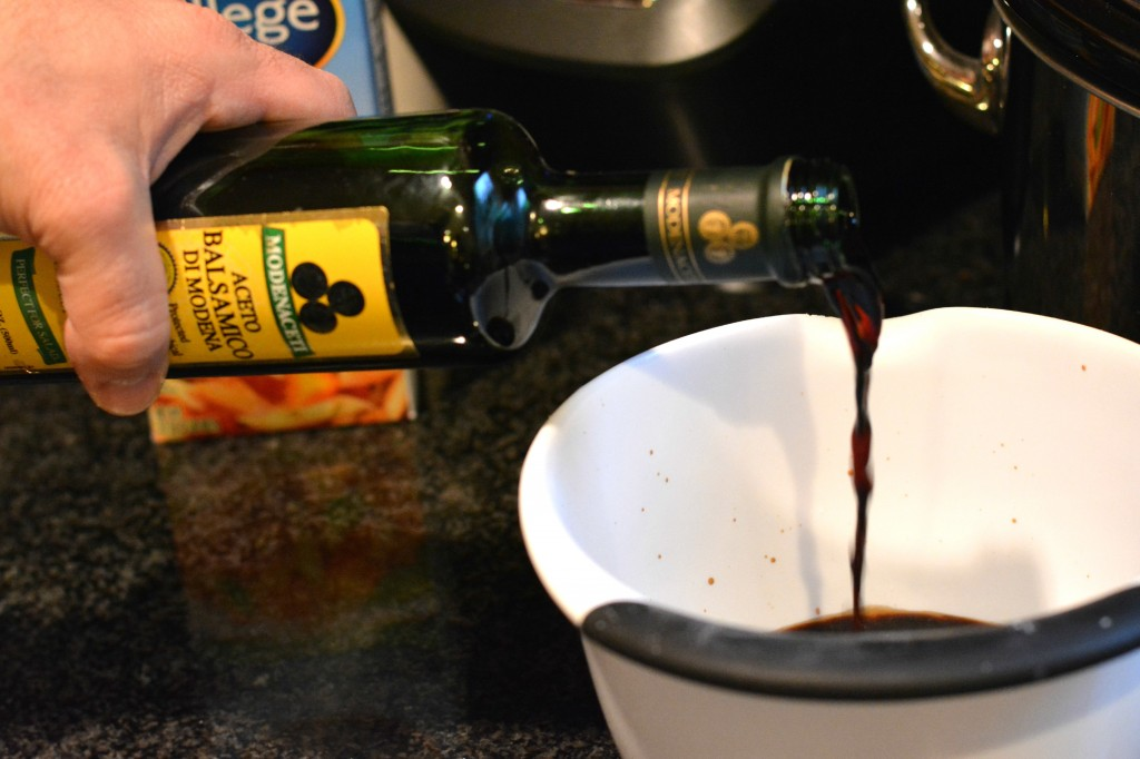 DSC 0995 1024x682 Balsamic Chicken Recipe using SPLENDA® Sweetener! #SweetSwaps