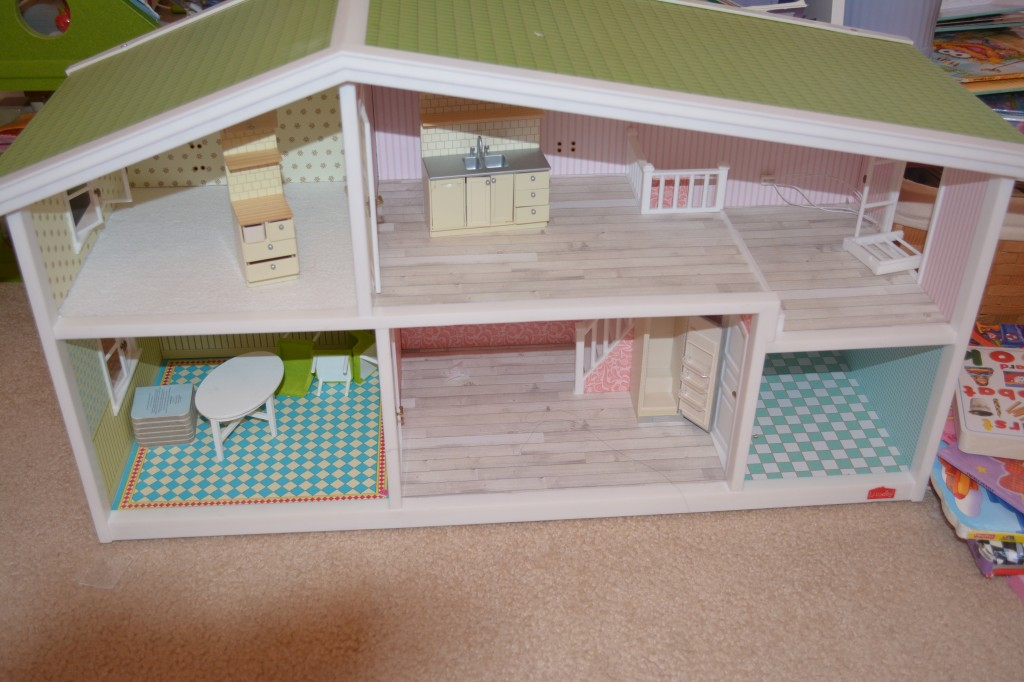 DSC 1202 1024x682  Lundby Smaland Dollhouse is one of Hayleys favorites!