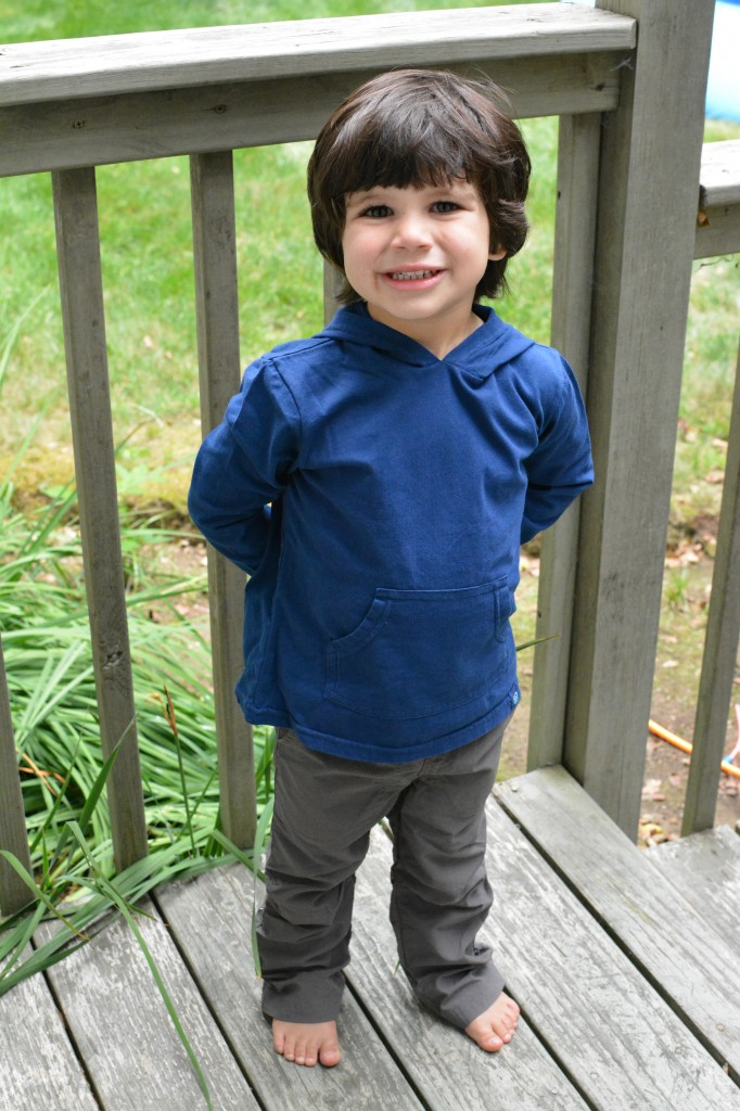 DSC 0913 682x1024 One Step Ahead Bug Smarties Clothing Review and Giveaway!