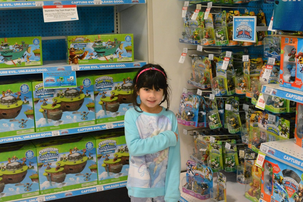 DSC 0657 1024x682 Toys R Us #LetsPlay Big Christmas Book is here and the Toys R Us Wish List App!