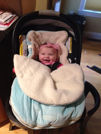 unnamed 1 Taylor is out and about with her JJ Cole Bundleme!