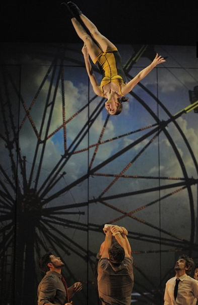 Screen Shot 2015 08 11 at 1.38.42 PM Cirque Éloize is coming to Foxwoods this August! Get Your Tickets Now!