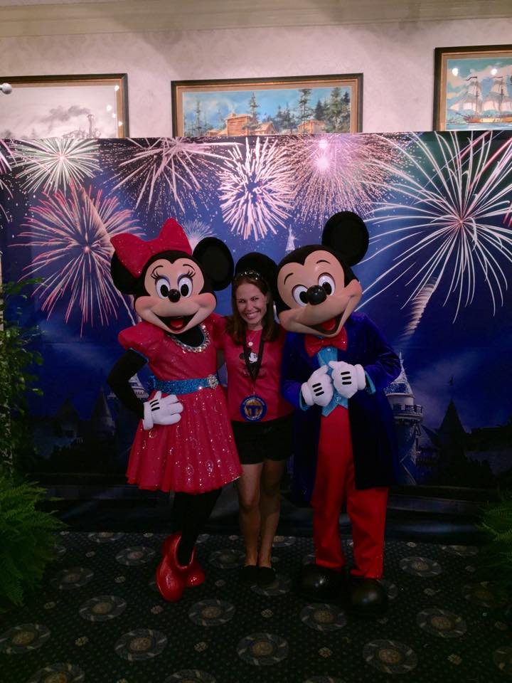 12046627 10153587597174356 2685274208986054942 n I LOVED visiting Disneyland and the Awesome Disneyland 60 celebrations!
