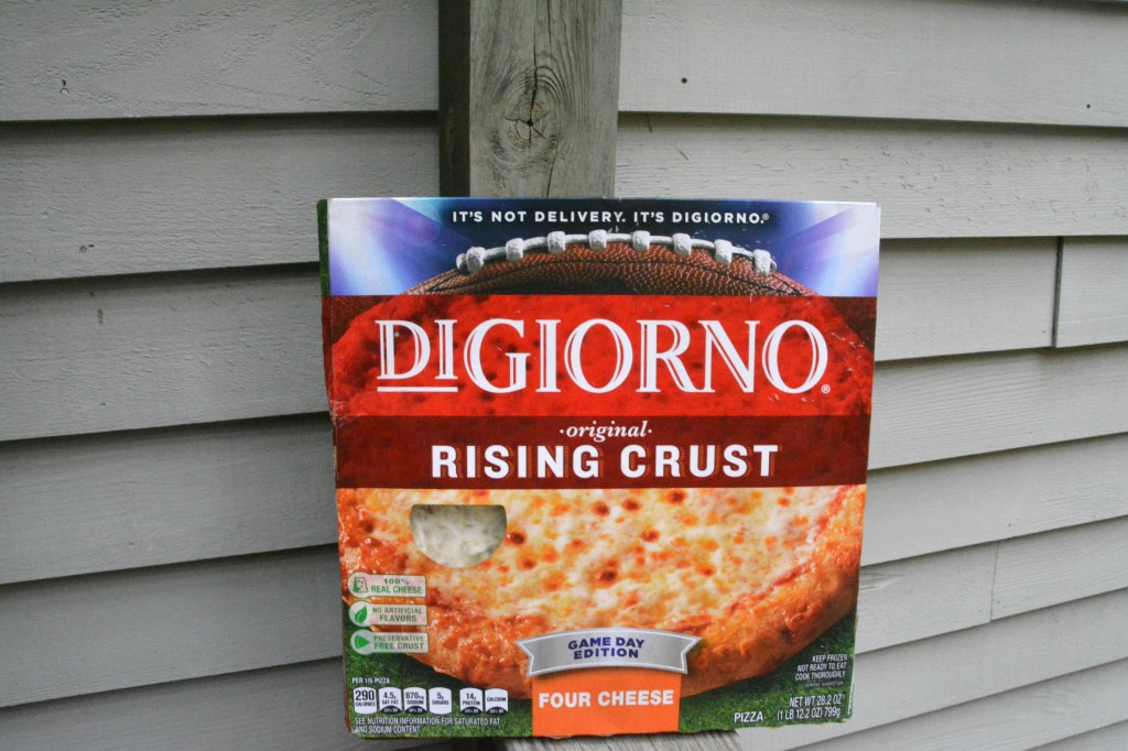 DSC 0478 1024x682 DiGiorno PIZZA!! Time to Balance Your Plate! #YouBeTheJudge