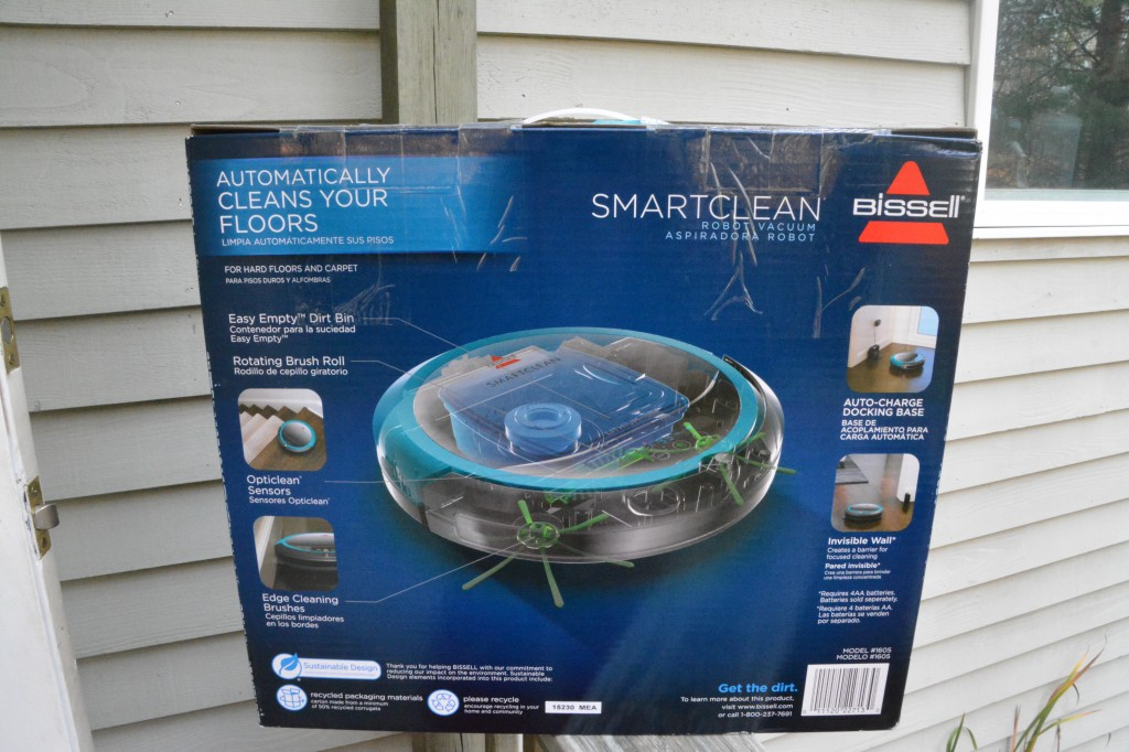 DSC 0498 1024x682 A Clean Home For the Holidays with the BISSELL SmartClean Robot Vacuum!