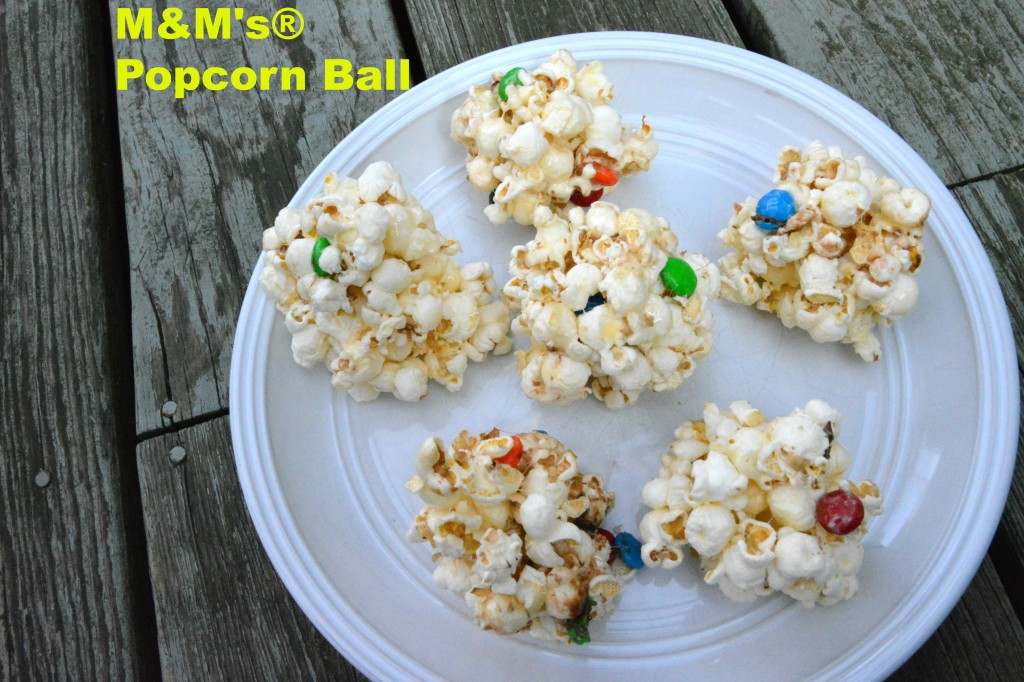 DSC 09491 1024x682 Family Game Night in Three Easy Steps + a M&Ms® Popcorn Ball Recipe!
