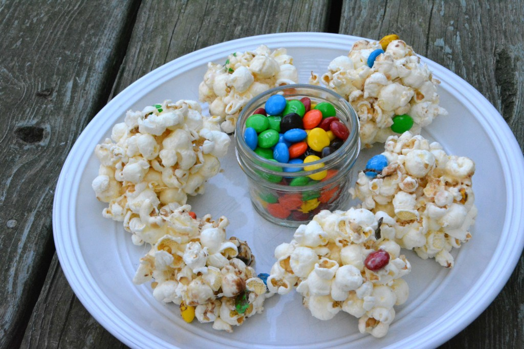 DSC 0953 1024x682 Family Game Night in Three Easy Steps + a M&Ms® Popcorn Ball Recipe!