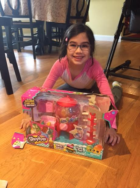 unnamed 213 Shopkins Season 4 Review and a Shopkins Food Fair Sweet Spot Playset Giveaway!
