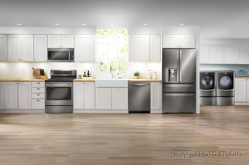 LIAP LG Classic Kitchen OTR 05 NoExp FPO 1024x682 Best Buy has the Latest in Energy and Water Efficient Appliances!