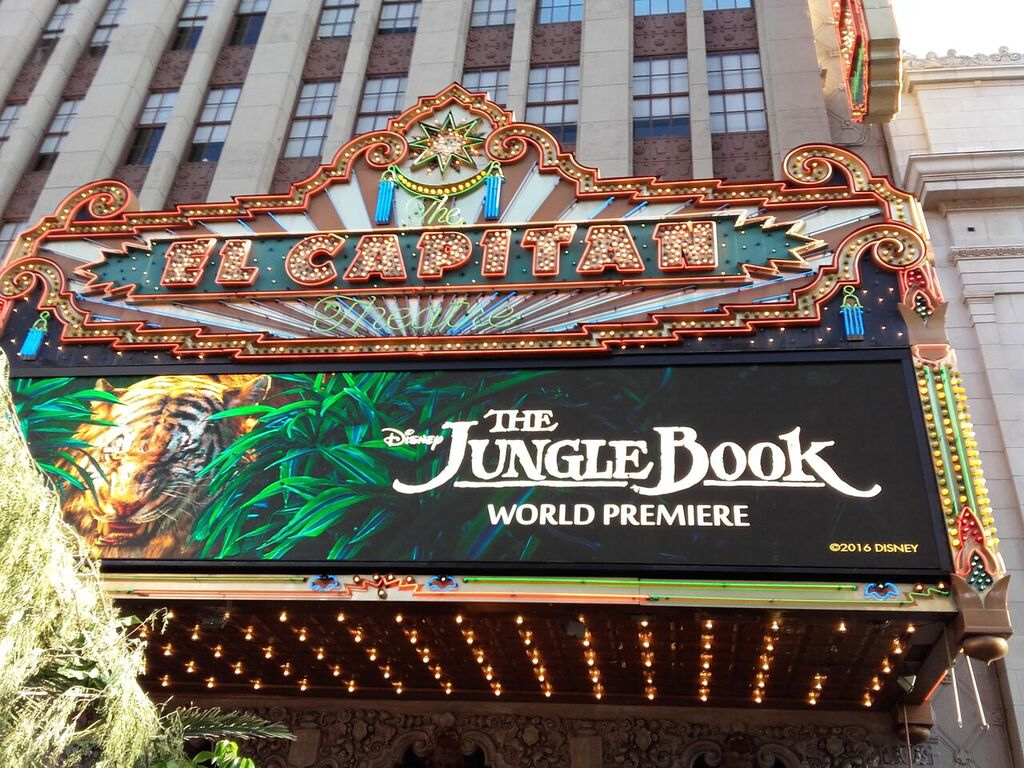 I Had the Most Unbelievable Night of My Life Walking the Red Carpet! #JungleBookEvent