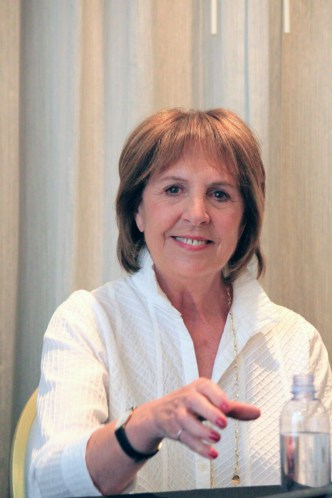 "P 1 My Interview with the AMAZING Penelope Wilton (""The Queen"") & Rebecca Hall (""Mary"")  #TheBFGEvent"