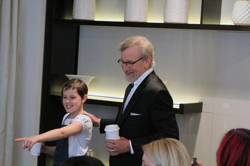 "ruby steven point The Most AMAZING interview  Steven Spielberg & Ruby Barnhill (""Sophie"") from #TheBFGEvent!"